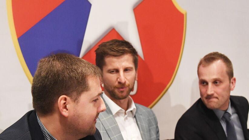 ab8615b2d Rafał Wisłocki podjął pierwszą decyzję jako prezes Wisły Kraków. Nie obyło  się bez wpadki [